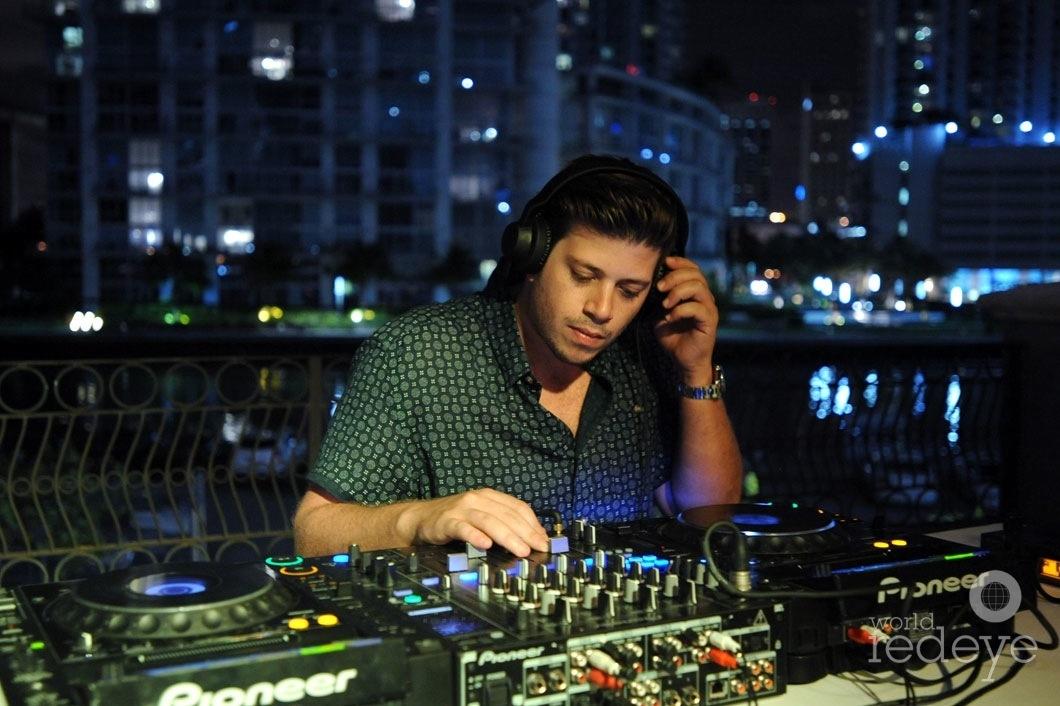 28-DJ Pirate Stereo djing 8