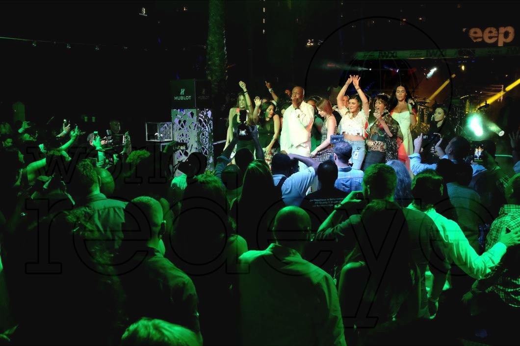 21-Wyclef Jean - LIVE21