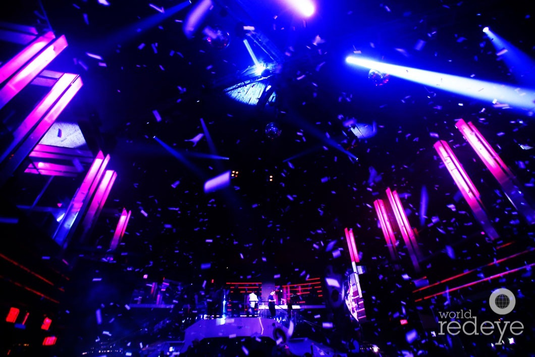 2-Atmosphere at LIV at Fontainebleau