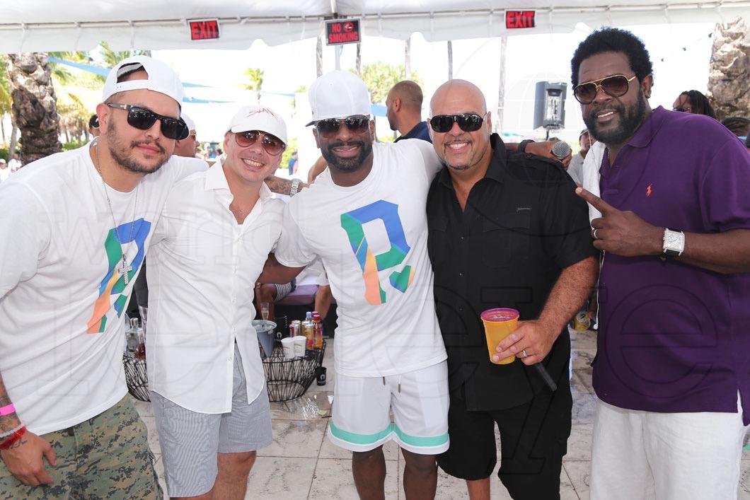 52-Mr Mauricio, Pitbull, DJ Irie, DJ Laz, & Ron May