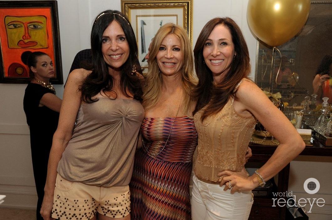 18.6-Vivianne del Rio, Jayne Littman, & Friend