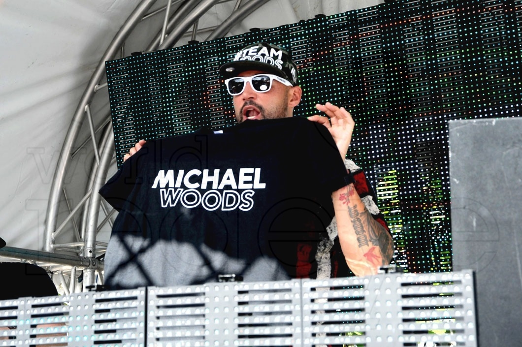 10-Michael Woods djing61