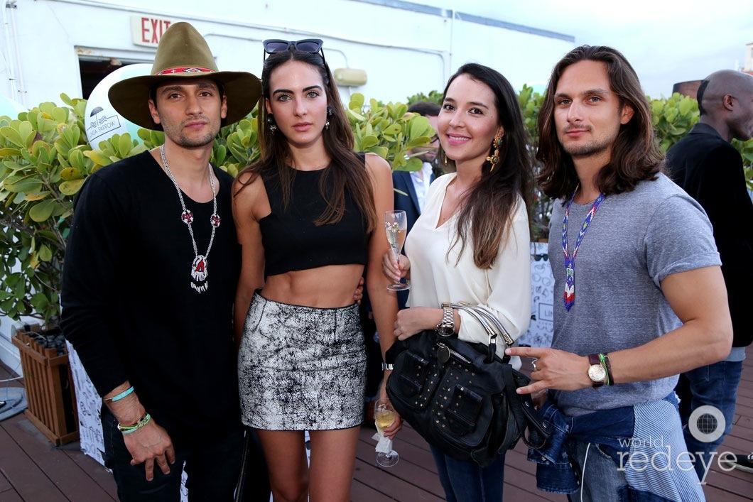 12-Camilo Rios, Daniela Botero, Natalia Astaiza, & Julian Rios