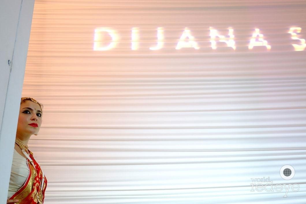 23.5-DSCA2002