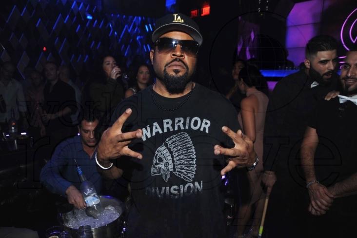 1-Ice Cube2