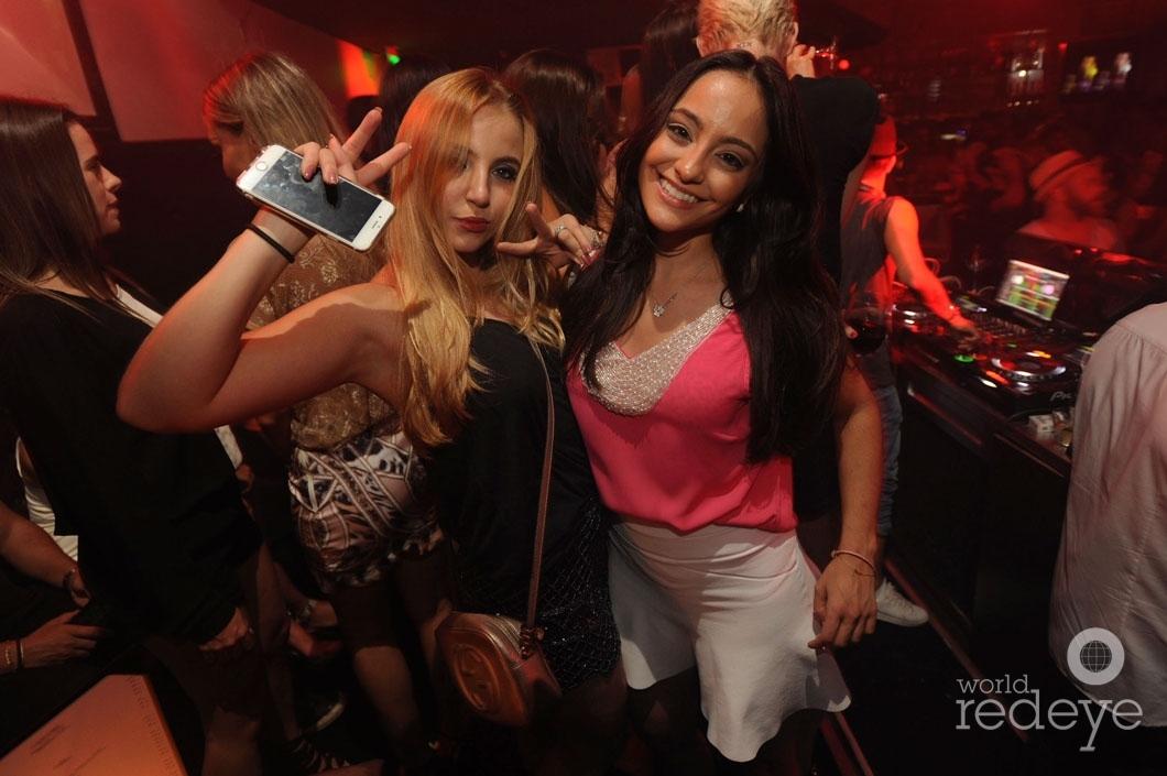 20 - Isabela Correa & Paula Palhares5_new