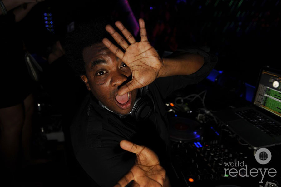 10-DJ-Reach