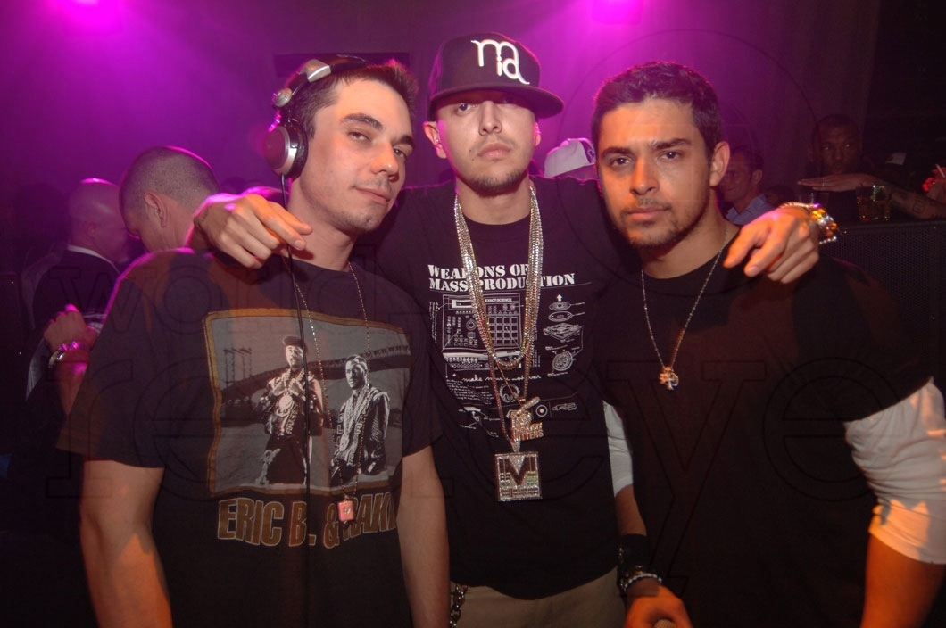 DJ AM, Mr Mauricio, & Wilmer Valderama