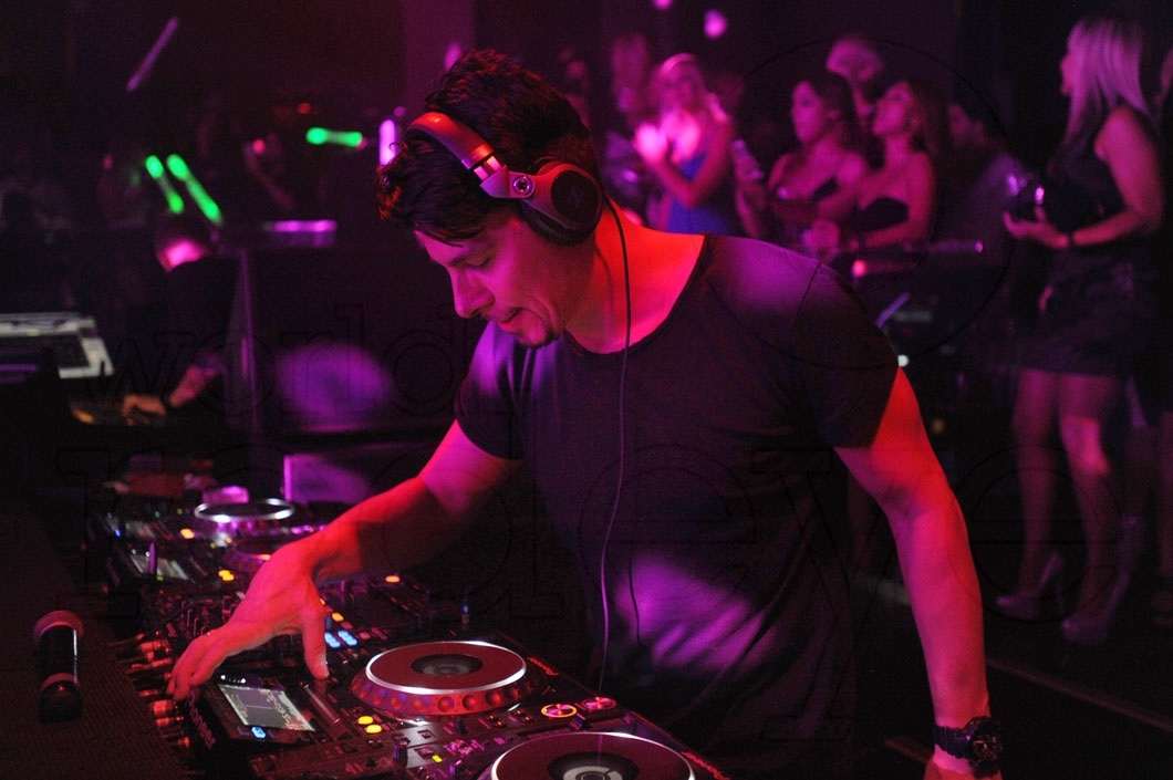 32-Thomas Gold djing 32_new