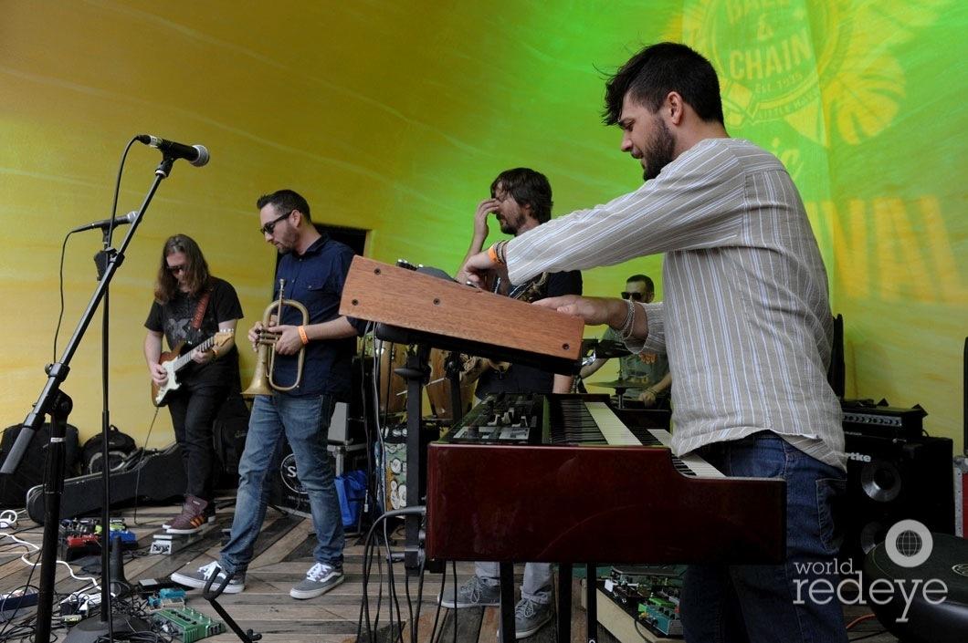 14.4-Vilade Divak LIVE2
