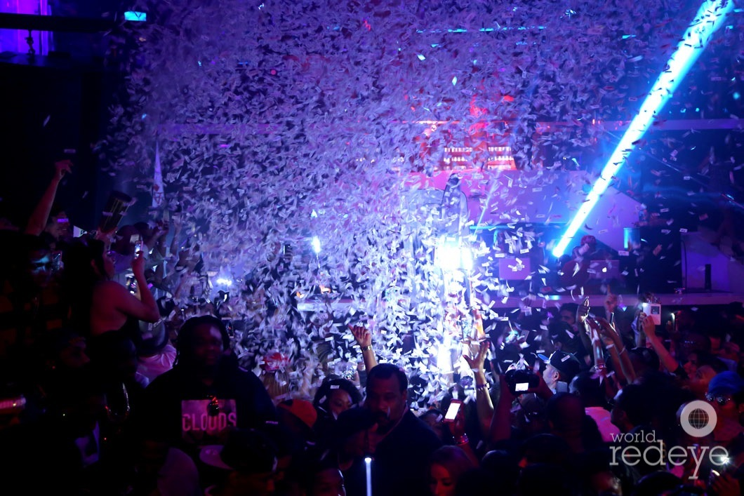 10-Atmosphere at LIV at Fontainebleau13