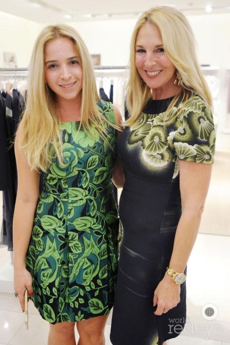 25-Michelle de Maria & Sissy de Maria1_new