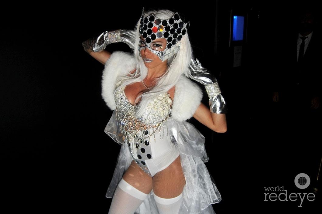 30--Lady Casa1_new