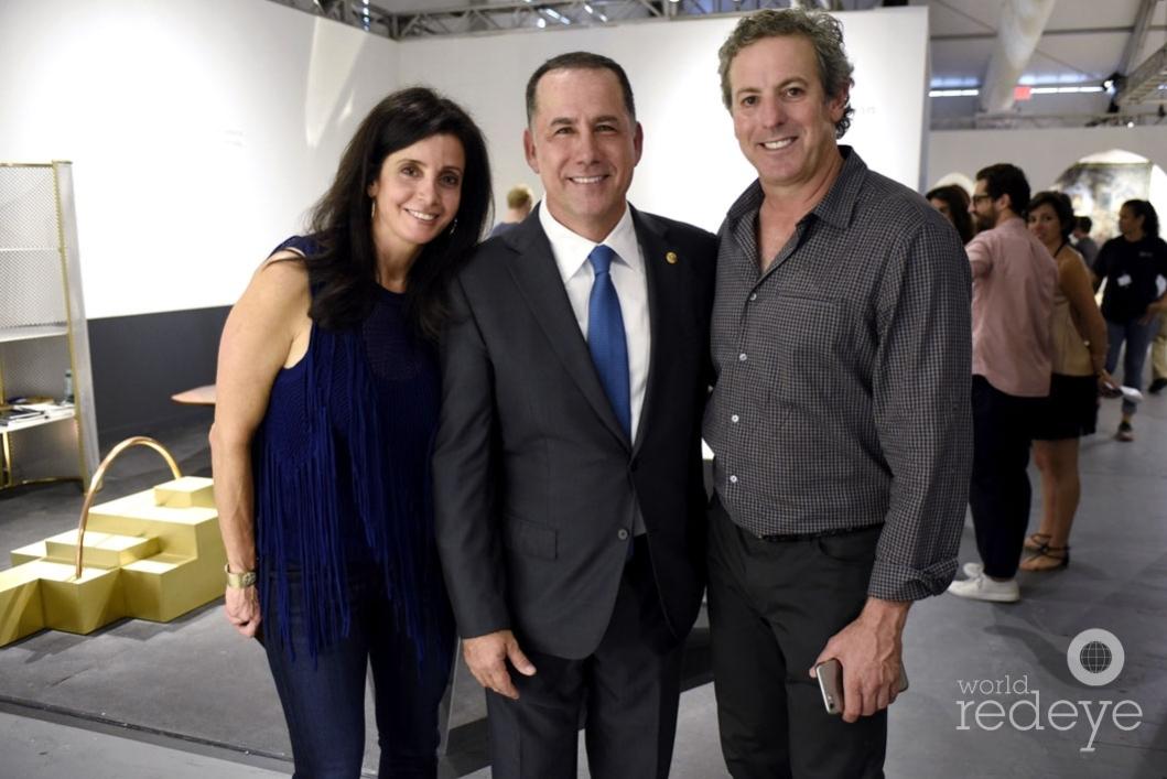 127-Debbie Robins, Philip Levine, & Scott Robins_new