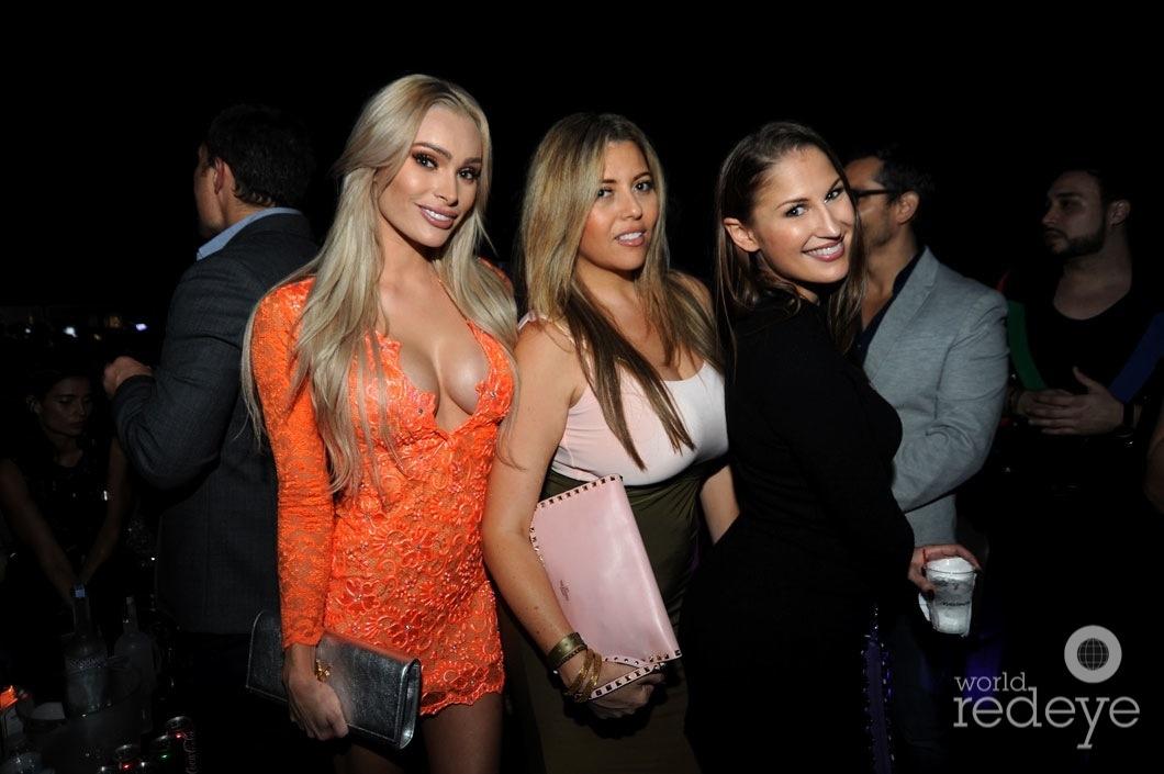 42-Leighha Love, Helena Bonnet, & Juliana Scaminaci