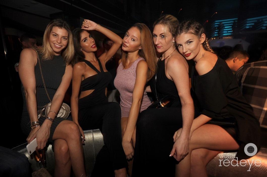 25-Fernanda Talavera, Krystina Mantzouranis, Chelsea Connestro, Taylor Sherak