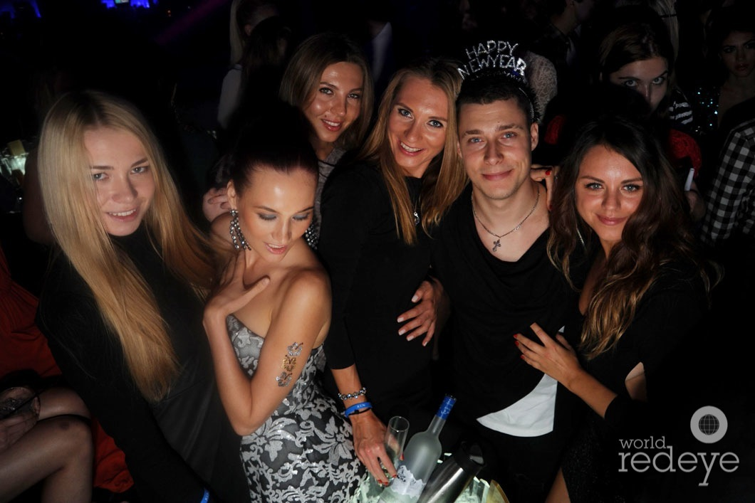 40.1-Arina, Vilena Vix, Marina Burn, Lubov Moiseeva, Alena Kazmirchuk, & friend_new