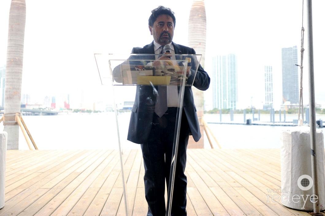 11.7-Mehmet Bayraktar speaking8