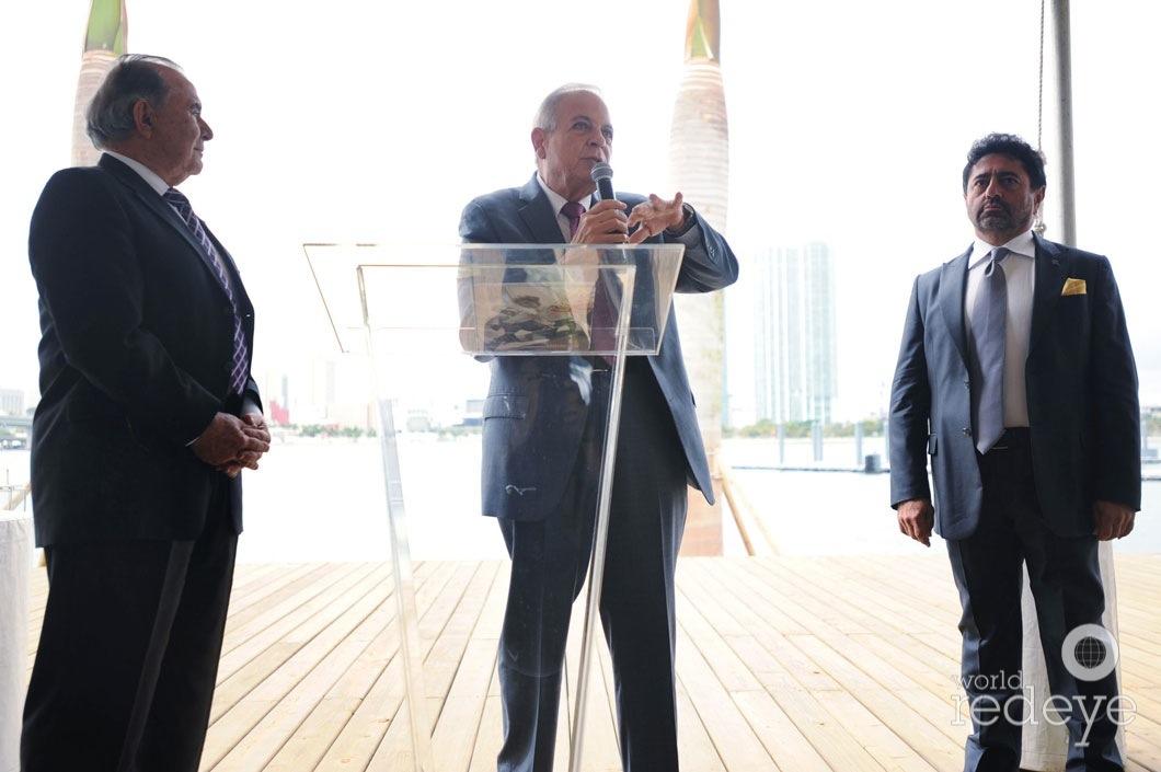 19-Willy Gort, Mayor Tomás P Regalado speaking, & Mehmet Bayraktar7