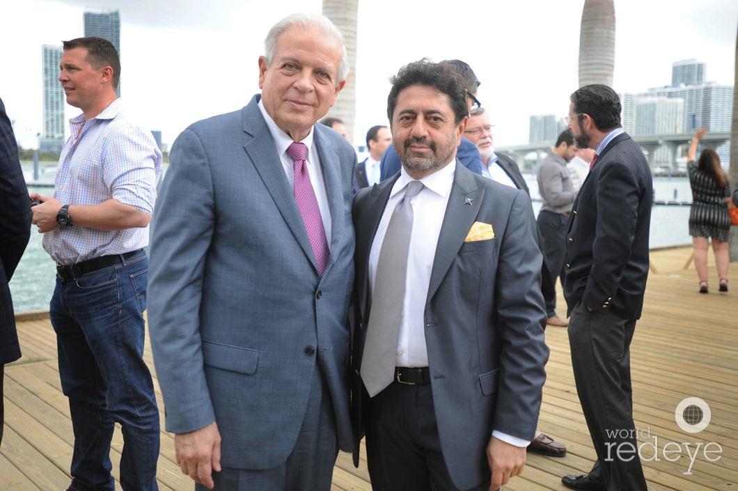 39-Mayor Tomás P Regalado & Mehmet Bayraktar