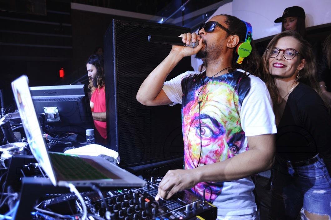 3-Lil Jon DJing_new
