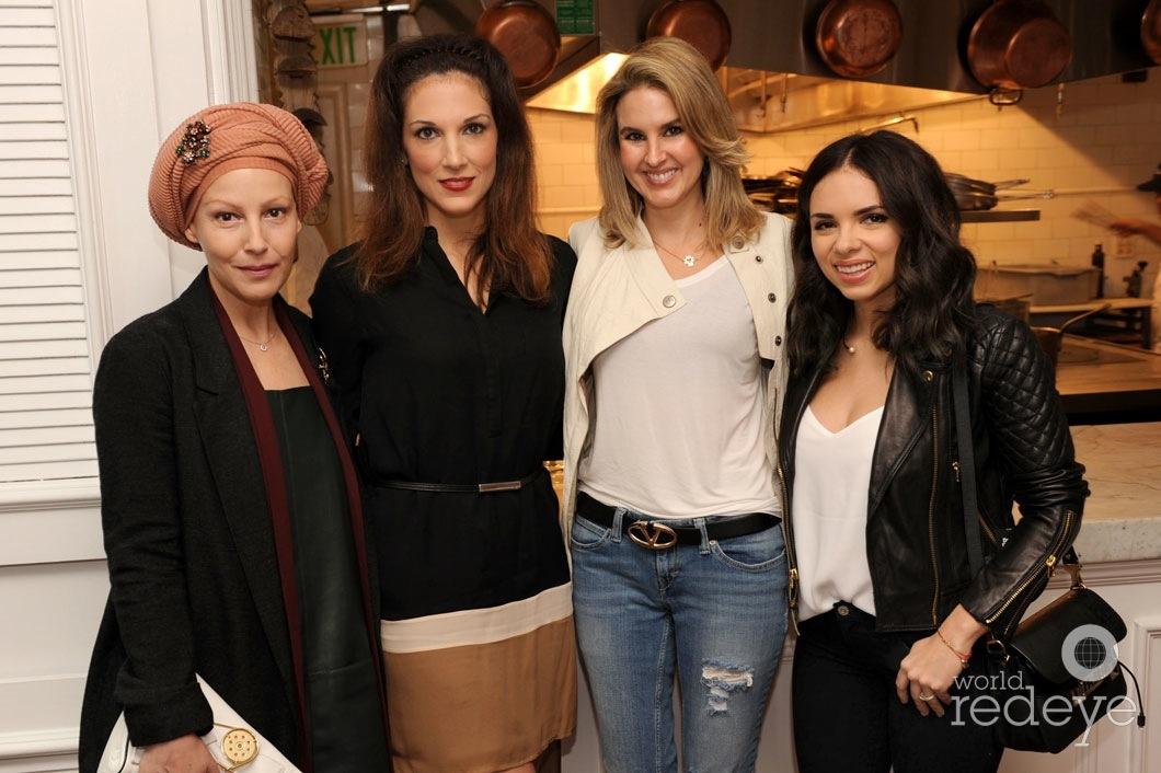 20-Angeles Almuna, Kim Caceres, Romina Nabhen, & Daniele Ramirez_new