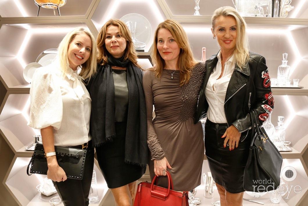 27.5- Gail MacLean, Nathalie Lovick, Inga Miller & Renata Zajmala