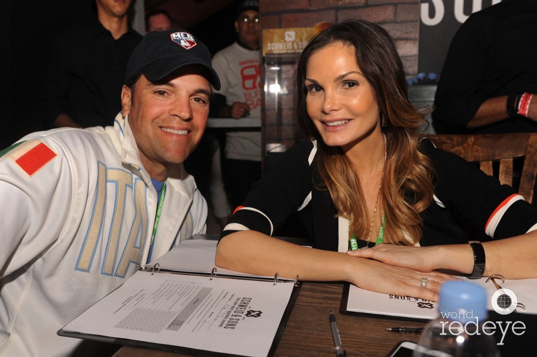 48.5-Mike Piazza & Alicia Piazza1_new