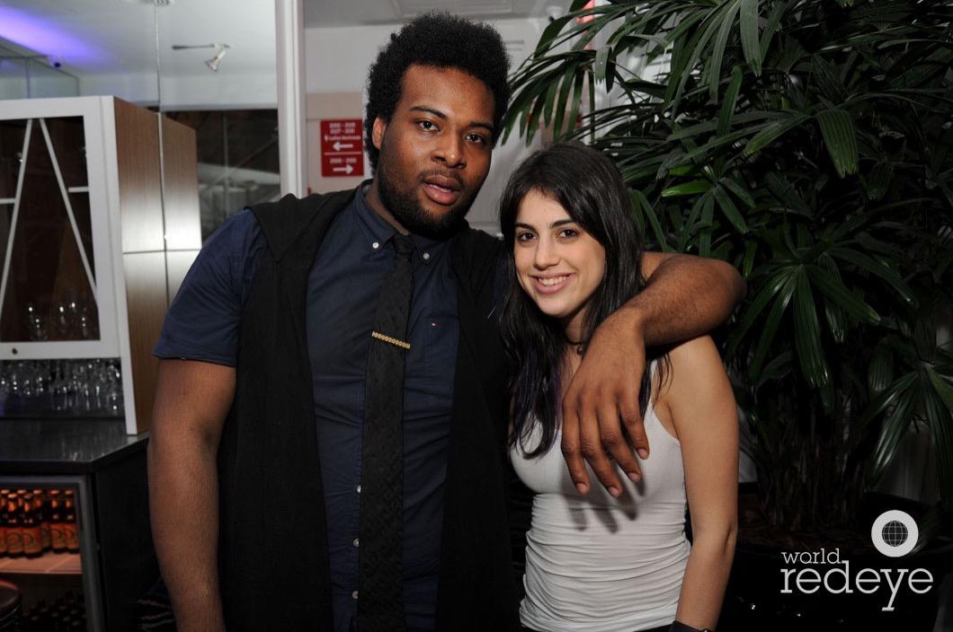 t-Larre Noel & Coco Hara21_new