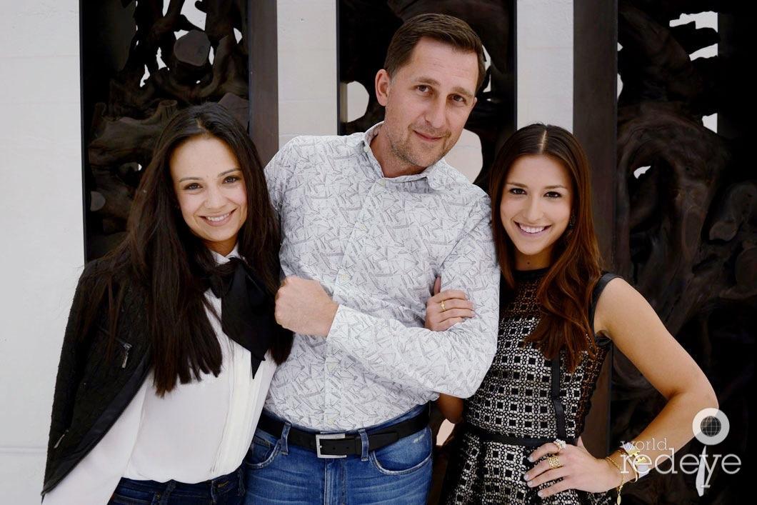 36-Crista Azqueta, Rizzy Byckovas & Catalina Byckovas_new