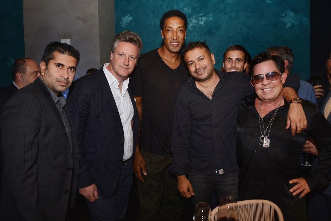 21-Sunjay Hotchandani, Ives De Launay, Scottie Pippen, Kamal Hotchandani, Victor Blanquart & JR Ridinger_new