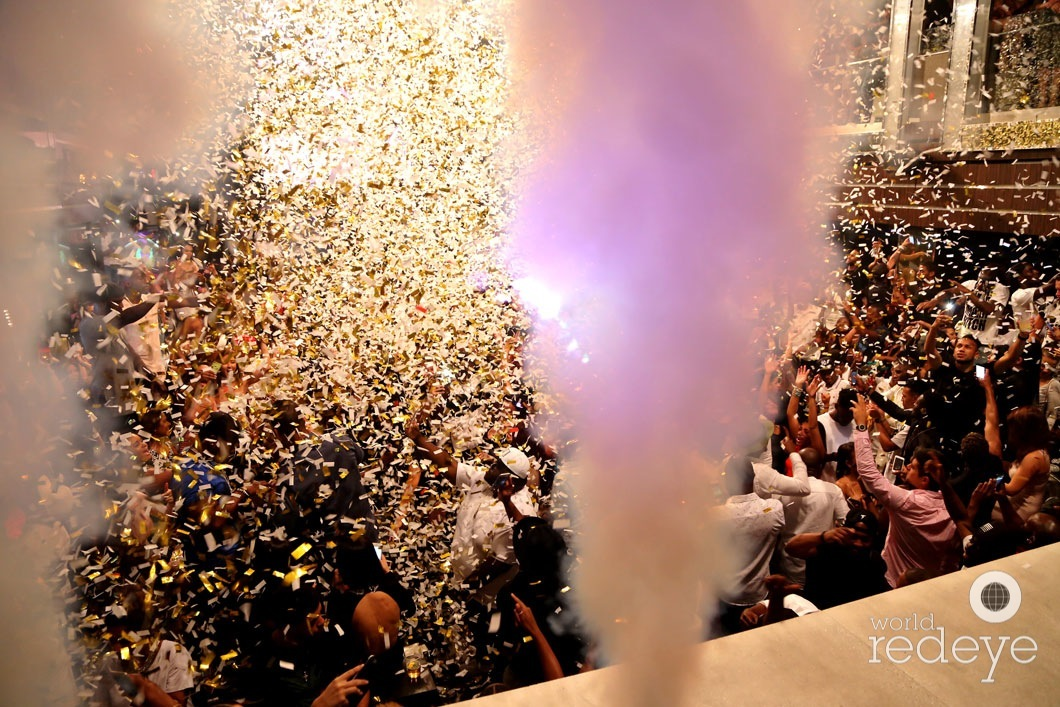 29-Atmosphere at LIV at Fontainebleau65_new