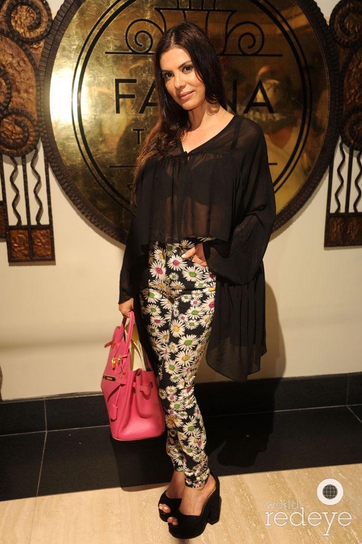 36-u-Adriana de Moura1_new