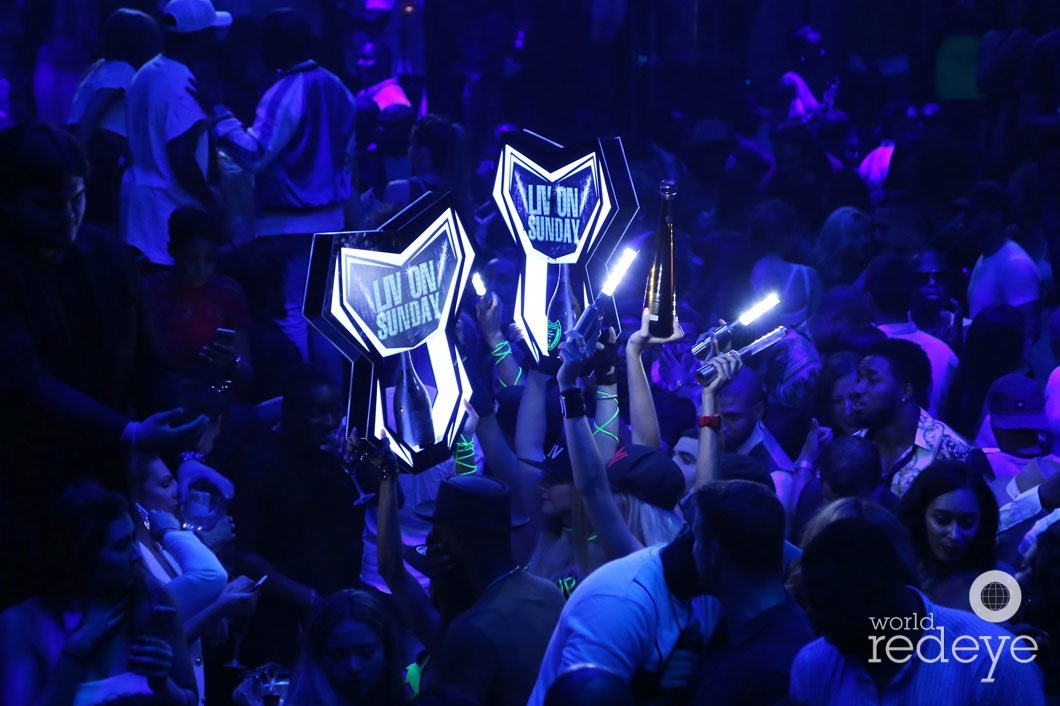 39-Atmosphere at LIV at Fontainebleau56_new