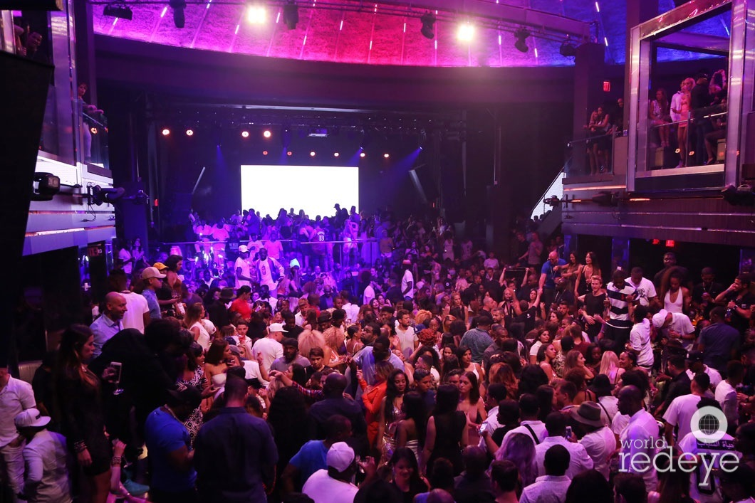46-Atmosphere at LIV at Fontainebleau49_new