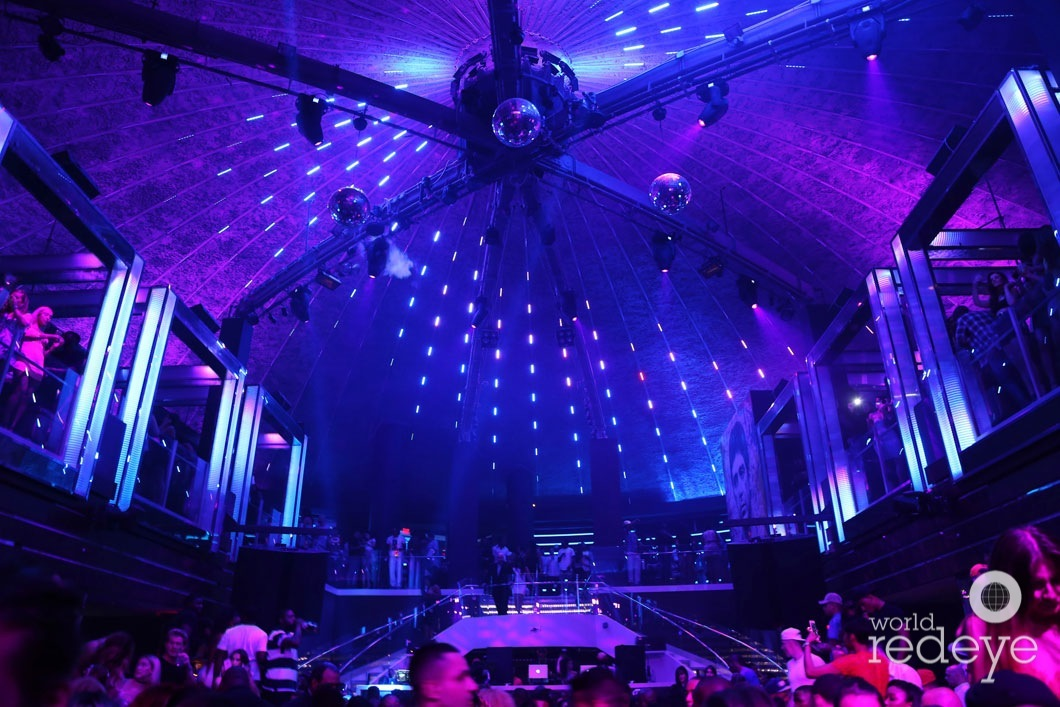 y-Atmosphere at LIV at Fontainebleau13_new
