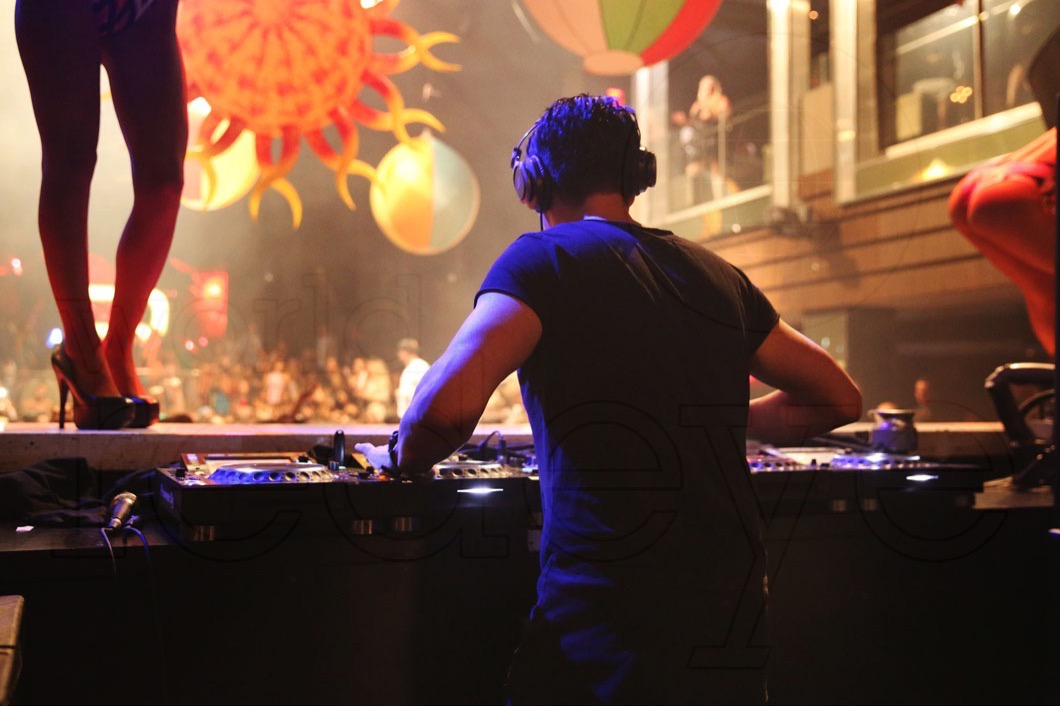 49-Thomas Gold Djing_new