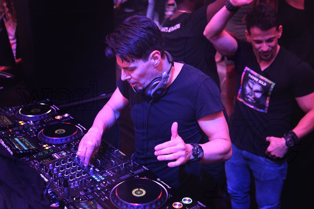 8-Thomas Gold Djing15_new