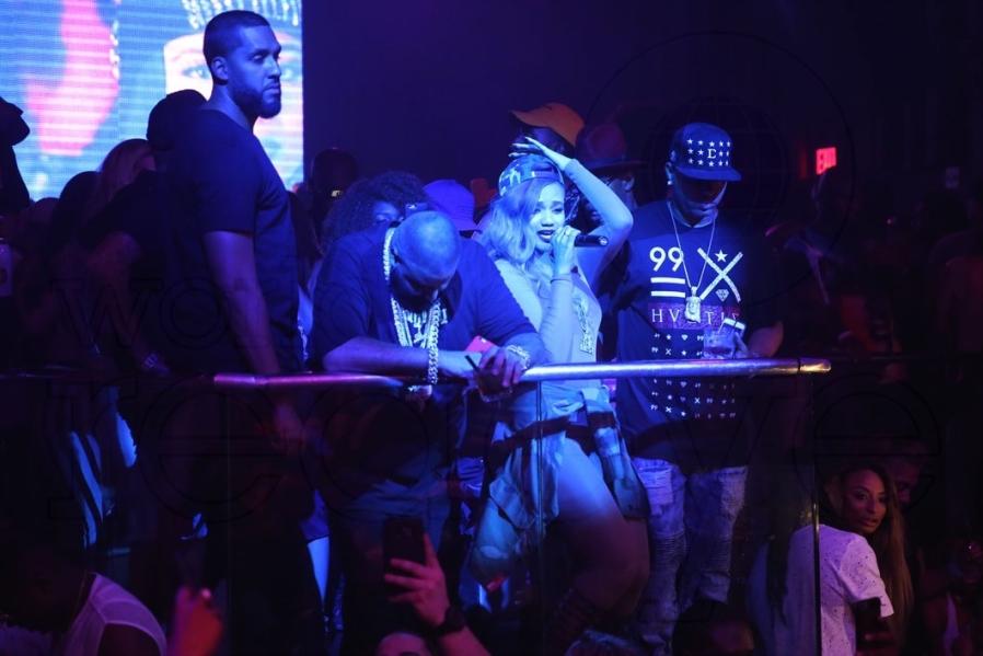 27-DJ Khaled & Steph Lecor - LIVE