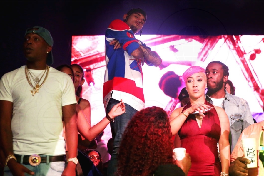 37-Chris Brown2