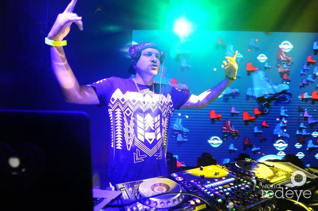 52-DJ Prostyle12