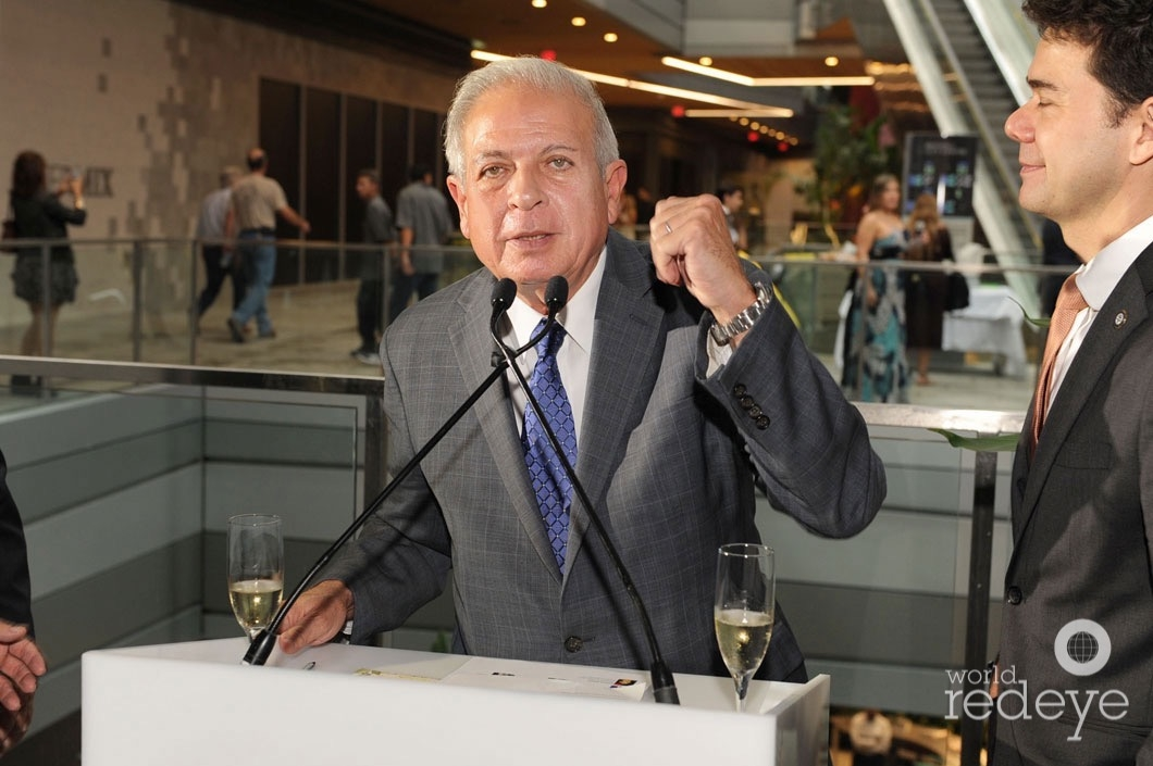 9-mayor-tomas-p-regalado-speaking2