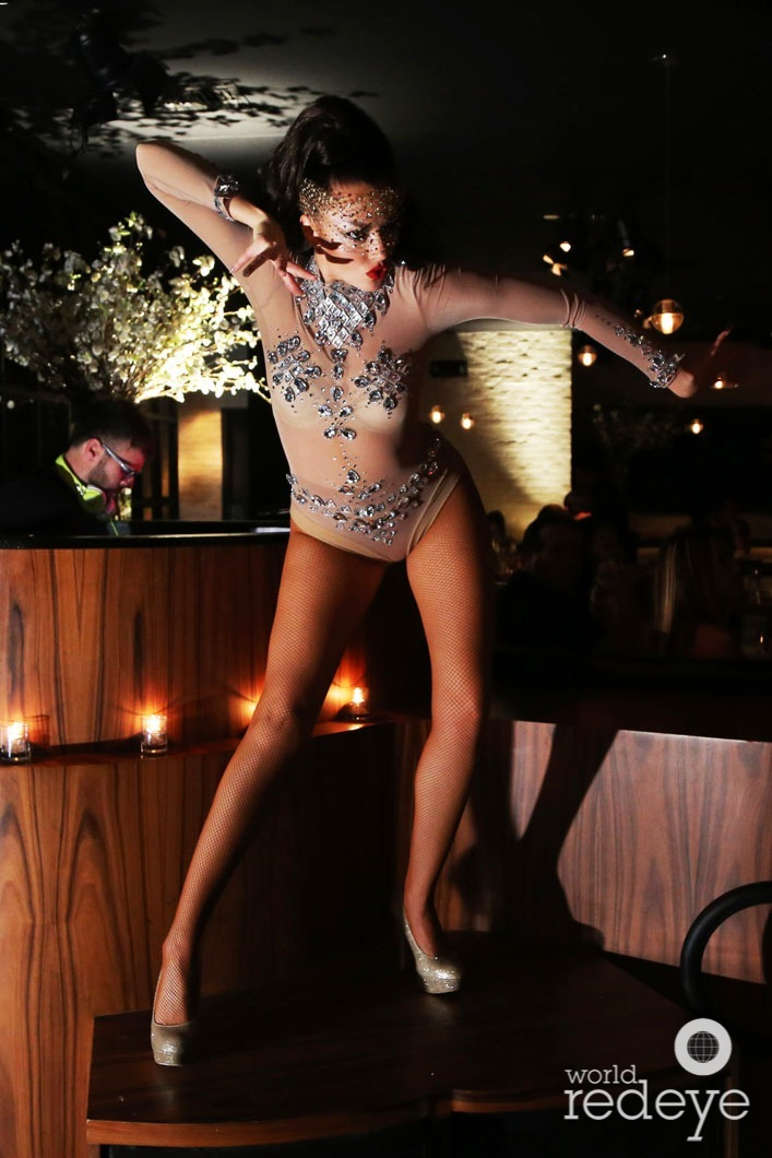 26-dancers-at-stk-at-1-hotels22_new