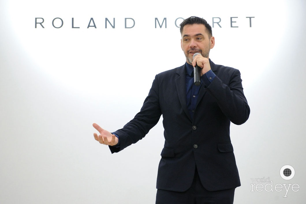 42-roland-mouret-speaking6_new