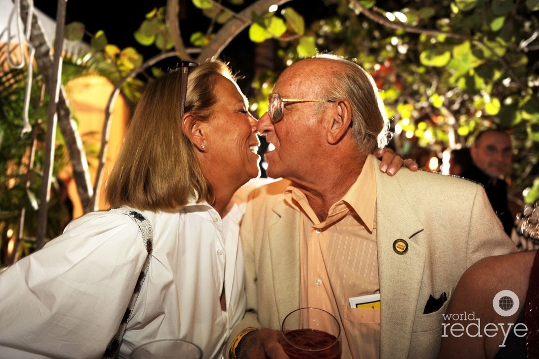 linda-zonchin-sanford-ziff-kissing1