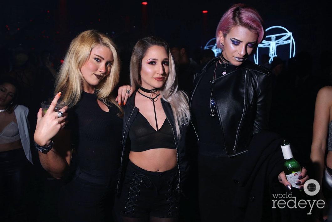17-Mahila Snyder, Kat Kae, & Victoria De Cun1