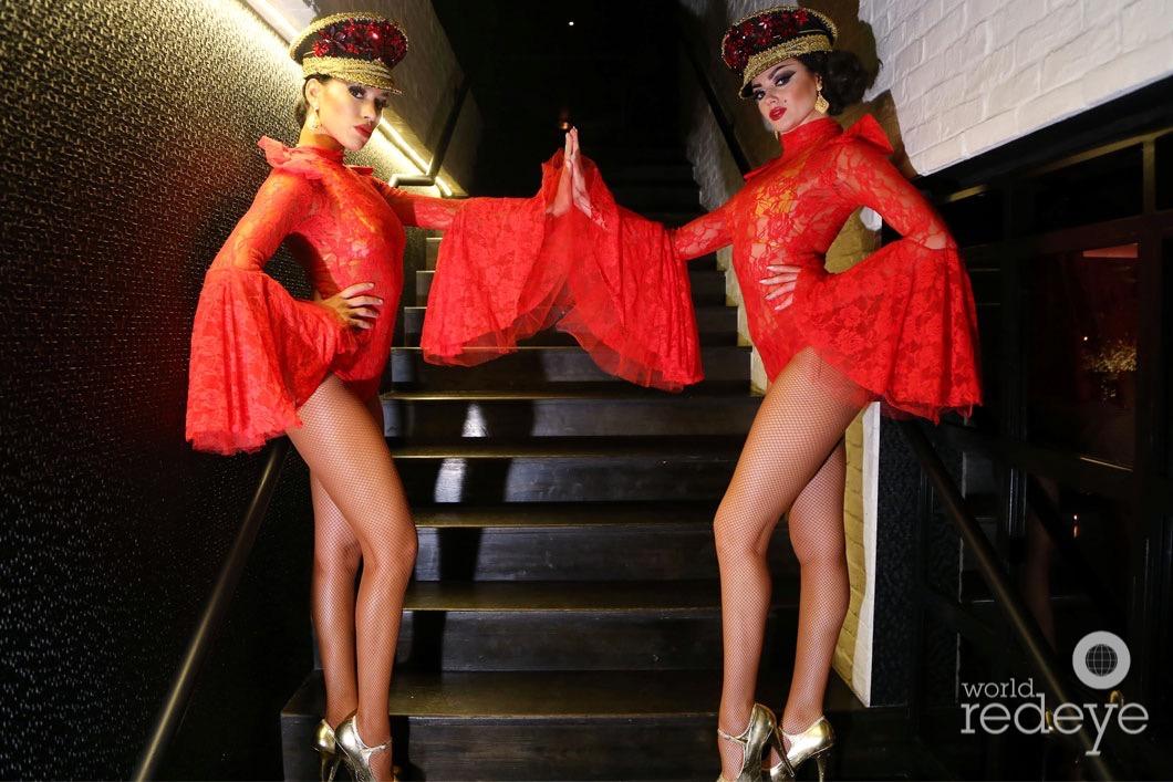 21-Dancers at STK at 1 Hotels20