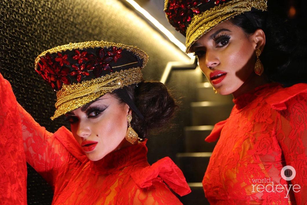 23-Dancers at STK at 1 Hotels30