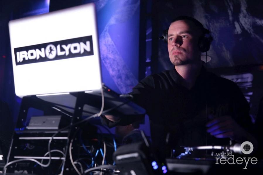 23-DJ Iron Lyon10