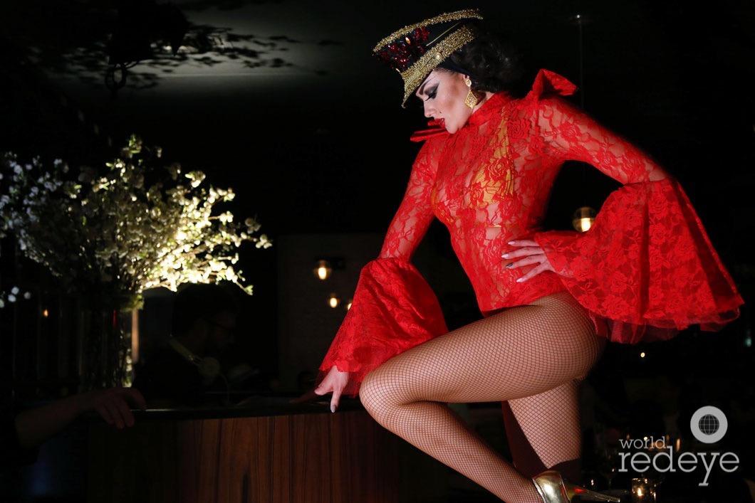 4-Dancers at STK at 1 Hotels13